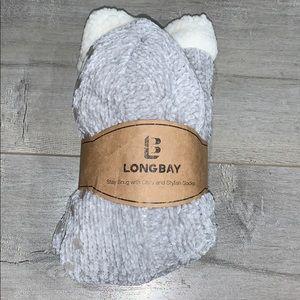 2/$25 Long Bay Warm Grey/White Slipper Socks 6-11